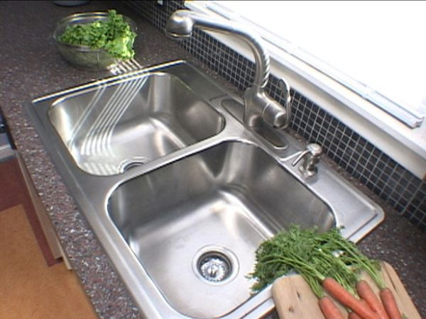 kitchen-sink-stainless-steel